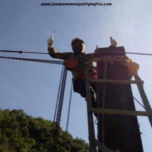 082131472027, Jasa Pemasangan Flying Fox Jambi, Jasa Pemasangan Flying Fox Bali, Flyingfox Outbound di Hotel Rindang Caffe & Karaoke Sumatra Utara (1)